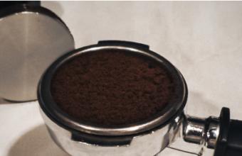 Zo kun je duurzaam omgaan met koffiedik